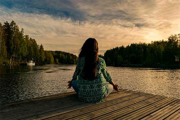 actividades-para-aprovechar-el-tiempo-libre-meditar