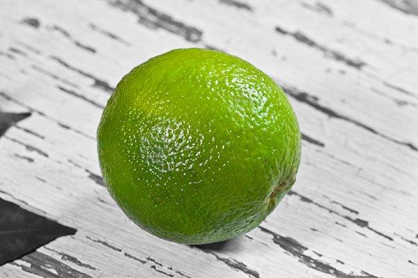 beneficios-del-te-verde-con-limon-principal